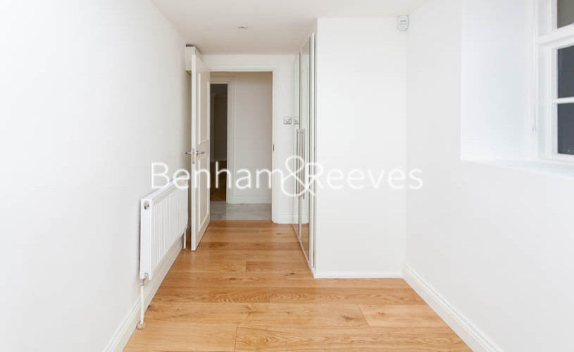 3 bedroom(s) flat to rent in Buckland Crescent, Belsize Park, NW3-image 15