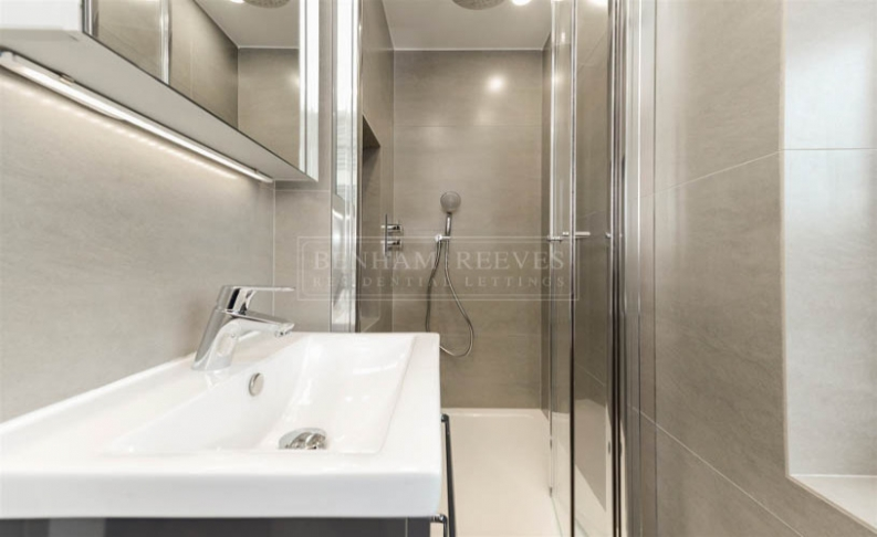 2 bedroom(s) flat to rent in Cresta House, Finchley road, NW3-image 5