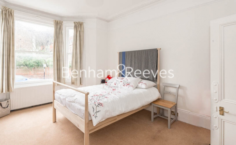 1 bedroom(s) flat to rent in Willoughby Road, Hampstead, NW3-image 3