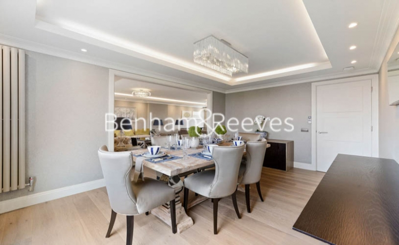 3 bedroom(s) house to rent in Boydell Court, St John's Wood, NW8-image 3