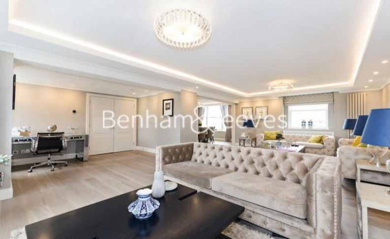 3 bedroom(s) house to rent in Boydell Court, St John's Wood, NW8-image 6