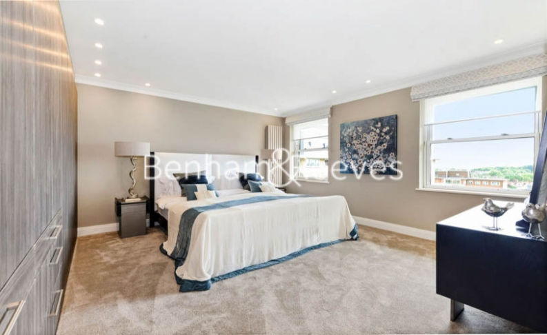 5 bedroom(s) house to rent in Boydell Court, St John's Wood, NW8-image 8