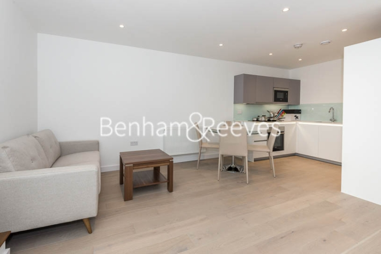 1 bedroom(s) flat to rent in Fellow Square, Cricklewood, NW2-image 2