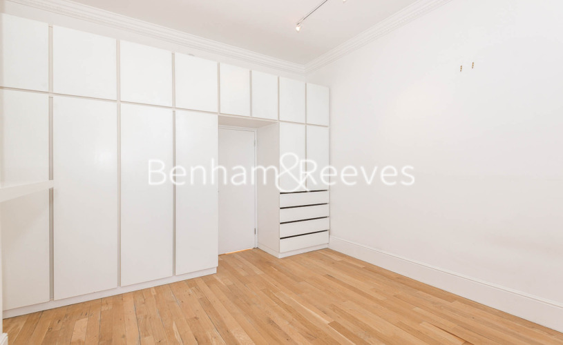 1 bedroom(s) flat to rent in Pond Street, Hampstead, NW3-image 3