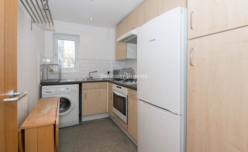 1 bedroom(s) flat to rent in Lorne Close, St John Wood, NW8-image 2