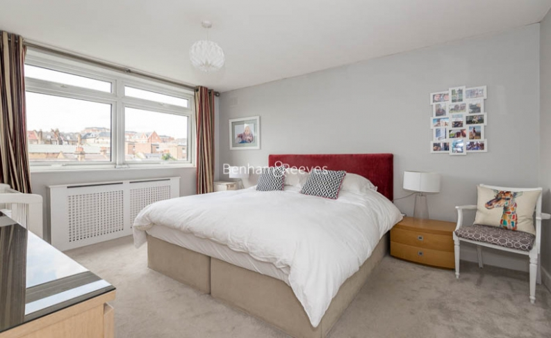 2 bedroom(s) flat to rent in Priory Road, Hampstead, NW6-image 5
