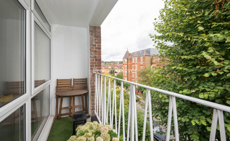 2 bedroom(s) flat to rent in Priory Road, Hampstead, NW6-image 10