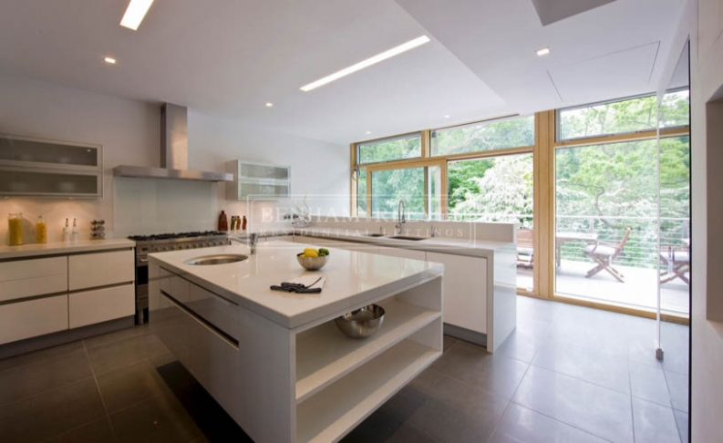 6 bedroom(s) house to rent in Seafield House, Mill Hill, NW7-image 1