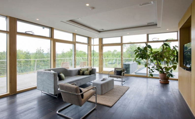 6 bedroom(s) house to rent in Seafield House, Mill Hill, NW7-image 2