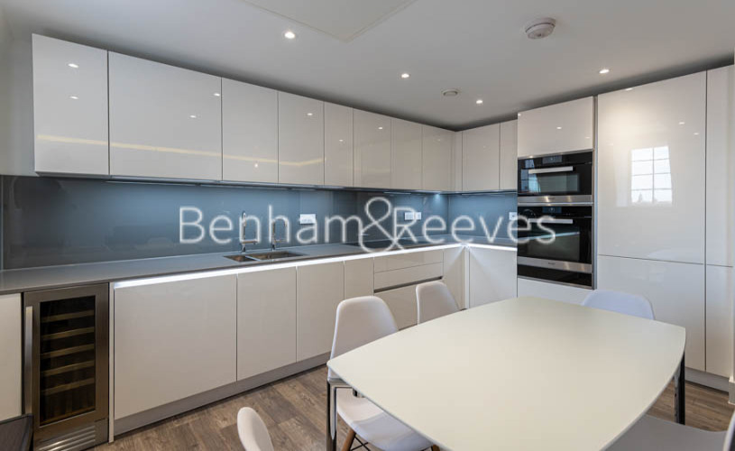 2 bedroom(s) flat to rent in Hampstead Reach, Hampstead Garden Suburb, NW11-image 2