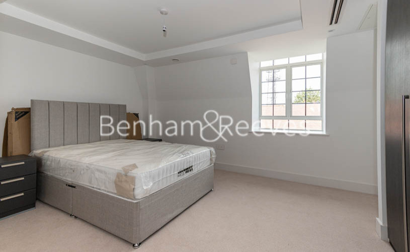 2 bedroom(s) flat to rent in Hampstead Reach, Hampstead Garden Suburb, NW11-image 3