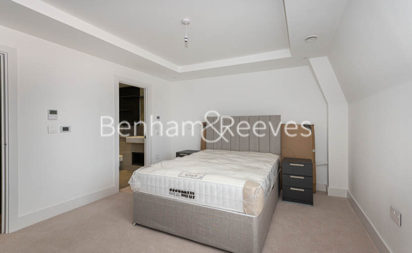 2 bedroom(s) flat to rent in Hampstead Reach, Hampstead Garden Suburb, NW11-image 8