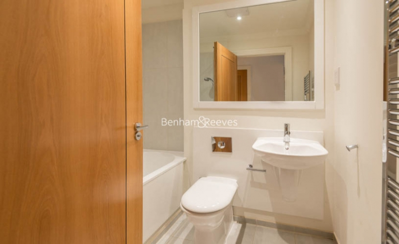 3 bedroom(s) flat to rent in Mountview Close, Hampstead, NW11-image 11