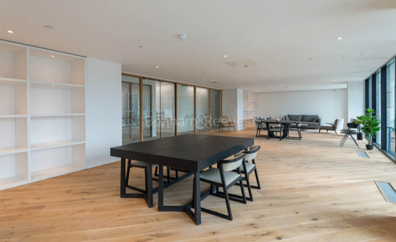 2 bedroom(s) flat to rent in Hill House, Archway, N19-image 1