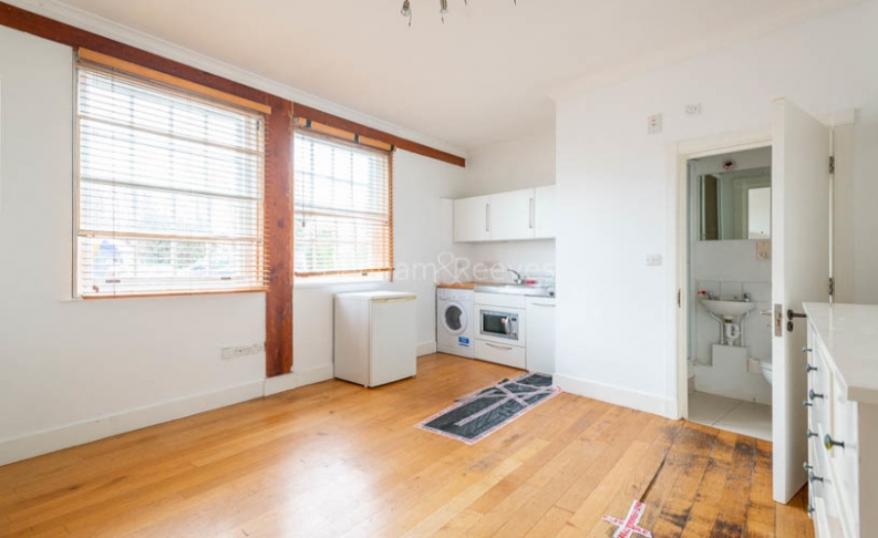 1 bedroom(s) flat to rent in North End Way, Hampstead, NW3-image 1
