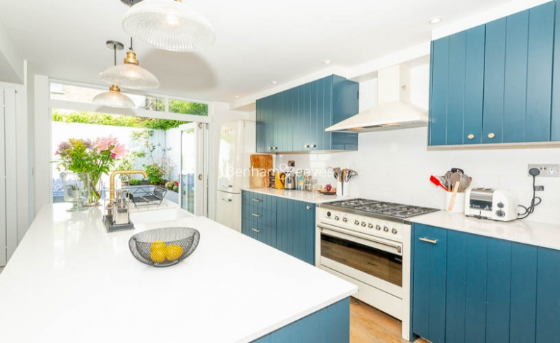 3 bedroom(s) house to rent in Glengall Road, Queens Park, NW6-image 10