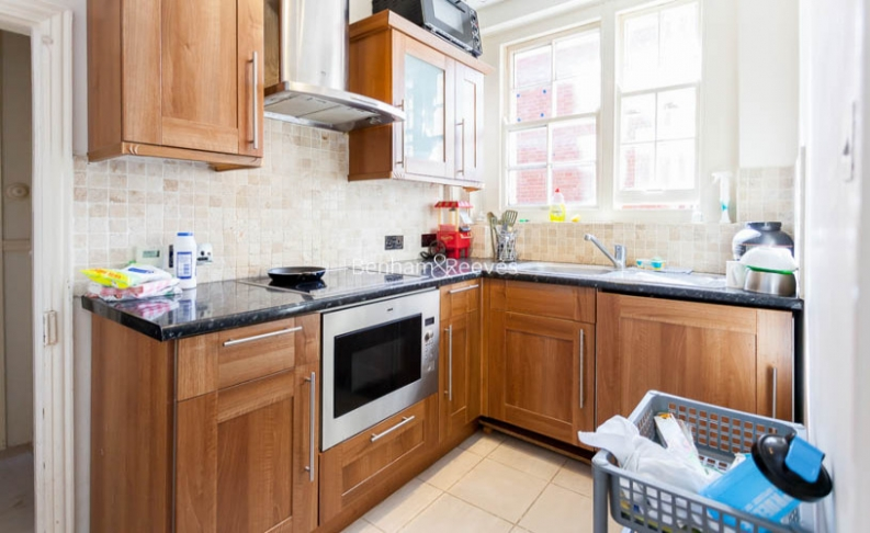 1 bedroom(s) flat to rent in Grove End Road, St john wood, NW8-image 2