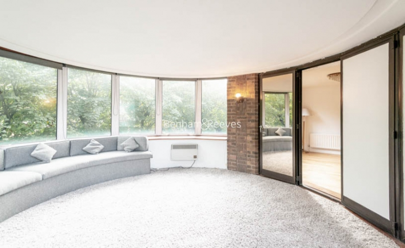 2 bedroom(s) flat to rent in The Terraces, St Johns Wood, NW8-image 1