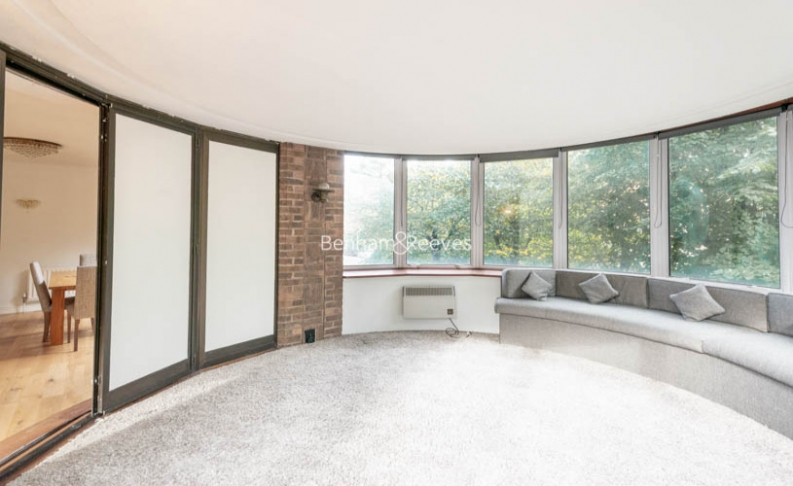 2 bedroom(s) flat to rent in The Terraces, St Johns Wood, NW8-image 2