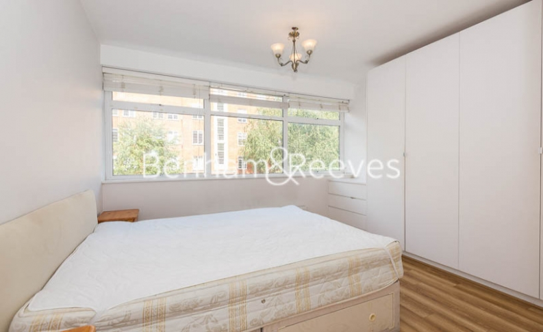 3 bedroom(s) flat to rent in Tower Close, St John Wood, NW8-image 3