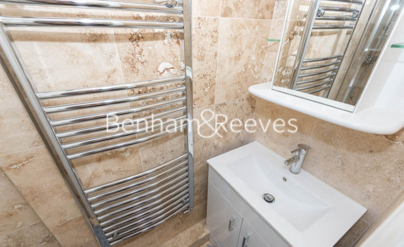 3 bedroom(s) flat to rent in Tower Close, St John Wood, NW8-image 4