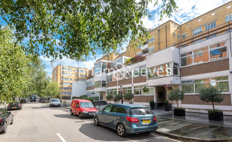 3 bedroom(s) flat to rent in Tower Close, St John Wood, NW8-image 6