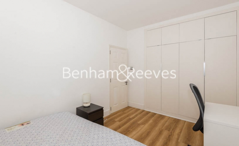 3 bedroom(s) flat to rent in Tower Close, St John Wood, NW8-image 8
