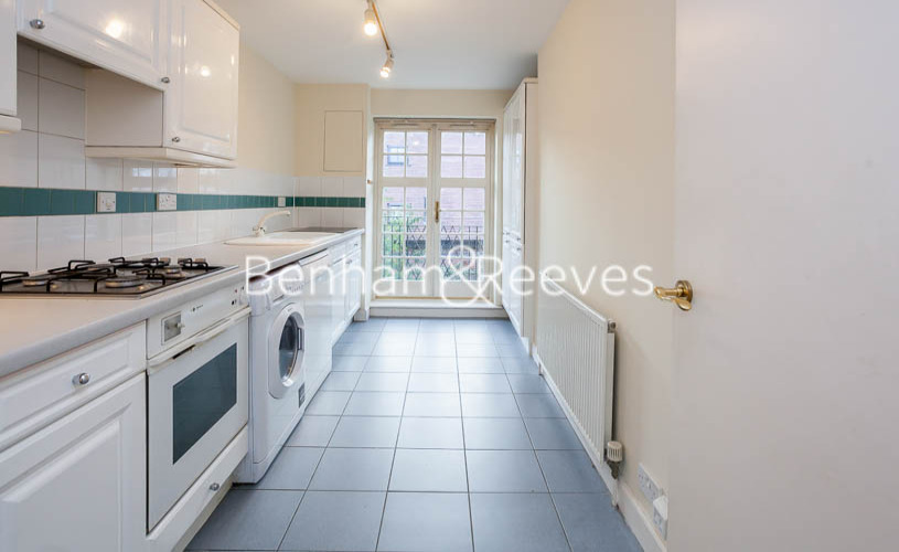 2 bedroom(s) flat to rent in Heathview Court, Golders Green, NW11-image 7