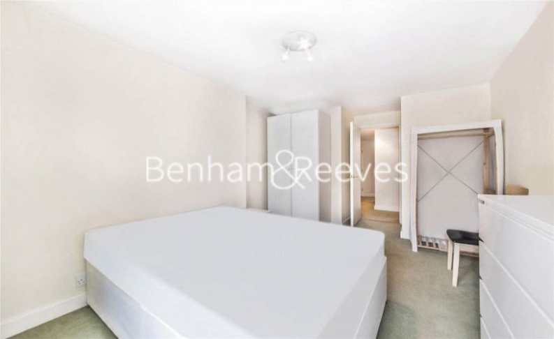 2 bedroom(s) flat to rent in Heathview Court, Golders Green, NW11-image 14