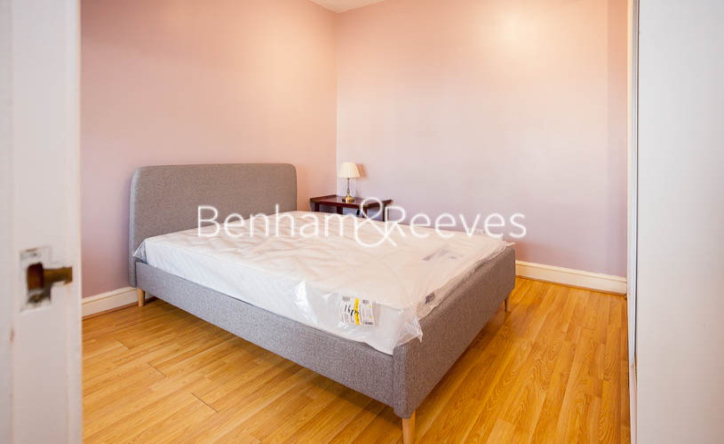 1 bedroom(s) flat to rent in Finchley Road, Golders green, NW11-image 4