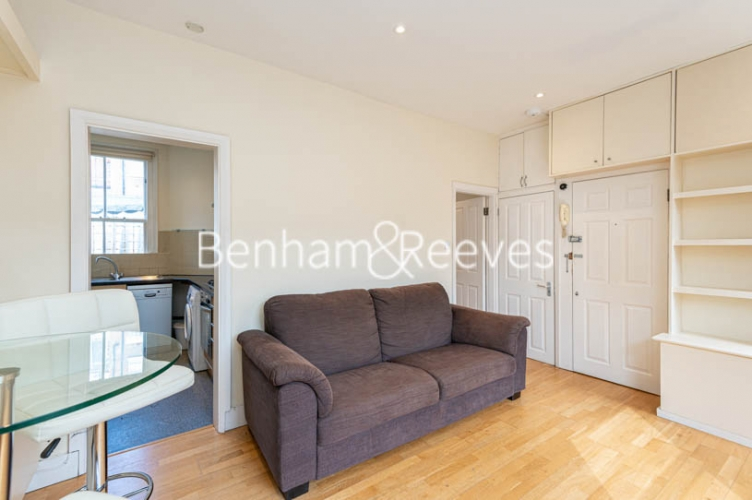 1 bedroom(s) flat to rent in Village Mount , Hampstead, NW3-image 1