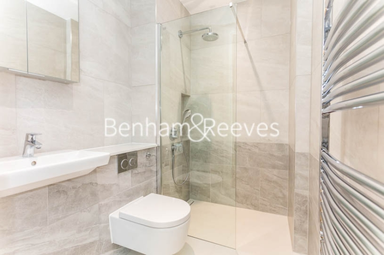 3 bedroom(s) flat to rent in Masefield Court ,Maida Vale ,W9-image 3