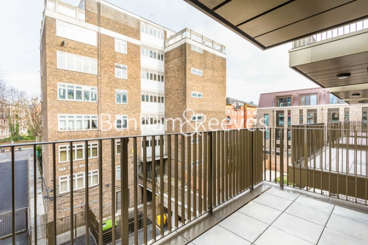 3 bedroom(s) flat to rent in Masefield Court ,Maida Vale ,W9-image 5
