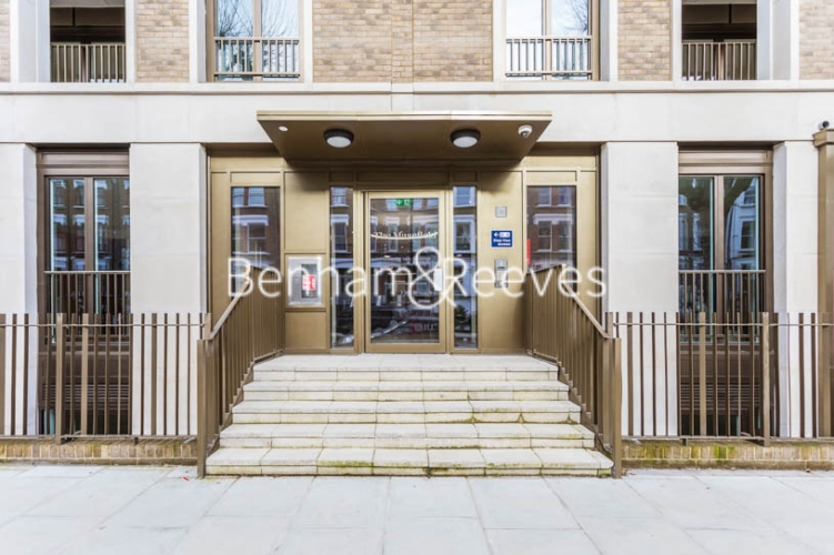 3 bedroom(s) flat to rent in Masefield Court ,Maida Vale ,W9-image 6