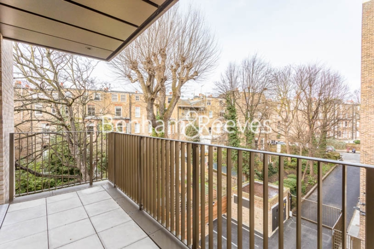 3 bedroom(s) flat to rent in Masefield Court ,Maida Vale ,W9-image 7