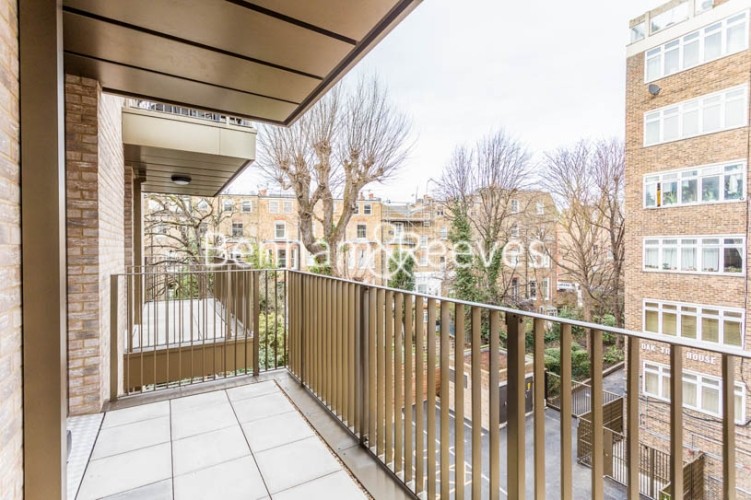 3 bedroom(s) flat to rent in Masefield Court ,Maida Vale ,W9-image 8