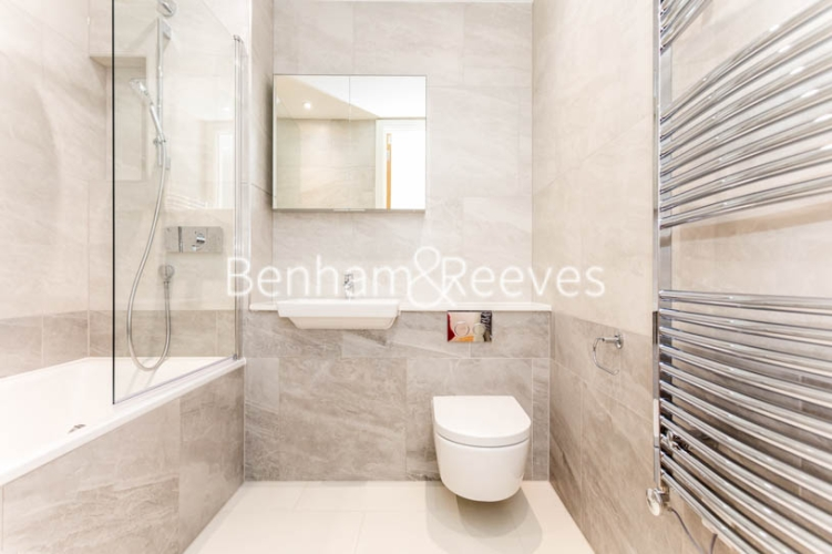 3 bedroom(s) flat to rent in Masefield Court ,Maida Vale ,W9-image 9