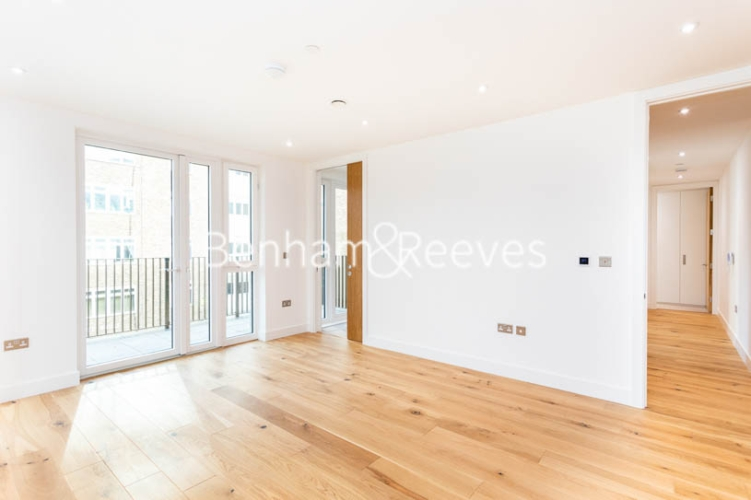 3 bedroom(s) flat to rent in Masefield Court ,Maida Vale ,W9-image 12