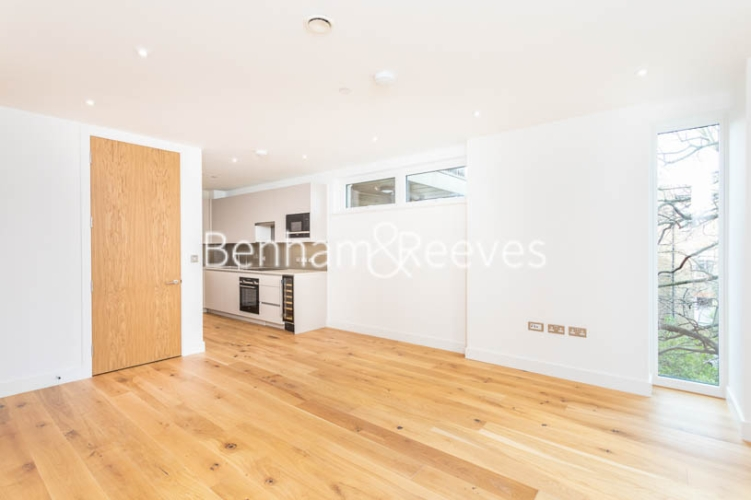 3 bedroom(s) flat to rent in Masefield Court ,Maida Vale ,W9-image 14