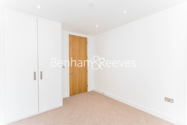 3 bedroom(s) flat to rent in Masefield Court ,Maida Vale ,W9-image 18