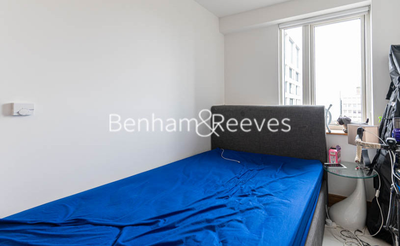 1 bedroom(s) flat to rent in Churchway, King's Cross, NW1-image 3