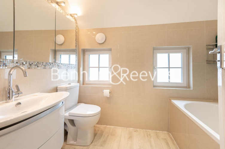 4 bedroom(s) flat to rent in Park Avenue, Hampstead, NW11-image 4