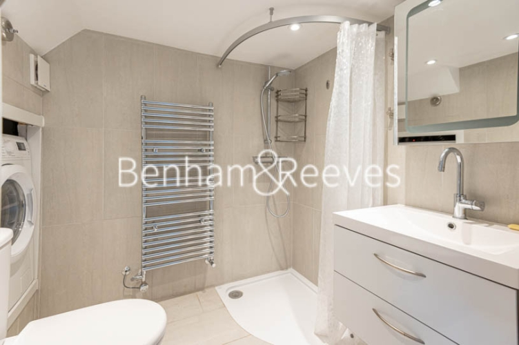 4 bedroom(s) flat to rent in Park Avenue, Hampstead, NW11-image 9
