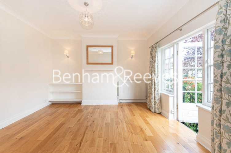 4 bedroom(s) flat to rent in Park Avenue, Hampstead, NW11-image 15