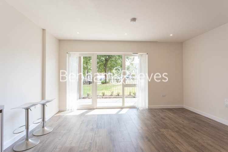 1 bedroom(s) flat to rent in Buttercup apartments, Mill Hill East, NW7-image 1