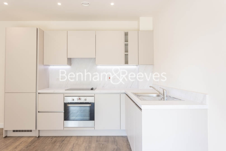 1 bedroom(s) flat to rent in Buttercup apartments, Mill Hill East, NW7-image 2