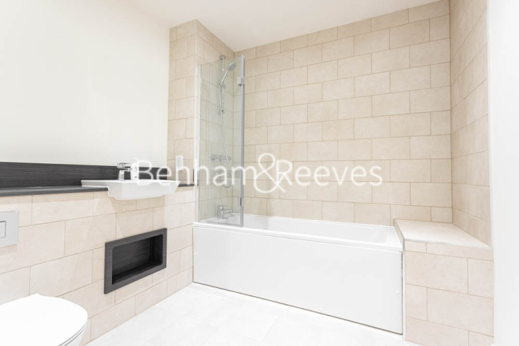 1 bedroom(s) flat to rent in Buttercup apartments, Mill Hill East, NW7-image 4