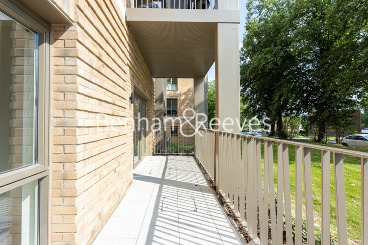 1 bedroom(s) flat to rent in Buttercup apartments, Mill Hill East, NW7-image 5