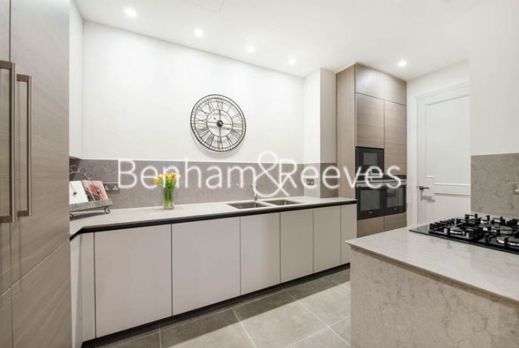 3 bedroom(s) flat to rent in 9 Arkwright Road, Hampstead, NW3-image 2