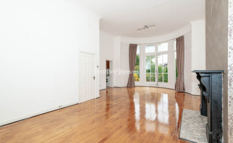 3 bedroom(s) flat to rent in Belsize Park, Hampstead, NW3-image 3